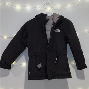 The North Face HyVent 550 Youth Black Coat
